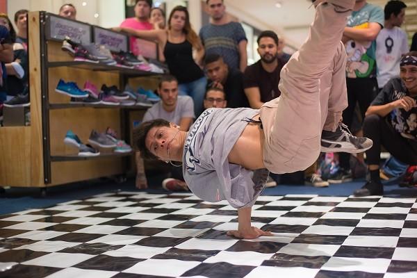 01bbd1423 Evento de dança da Skechers é sucesso no Via Parque Shopping