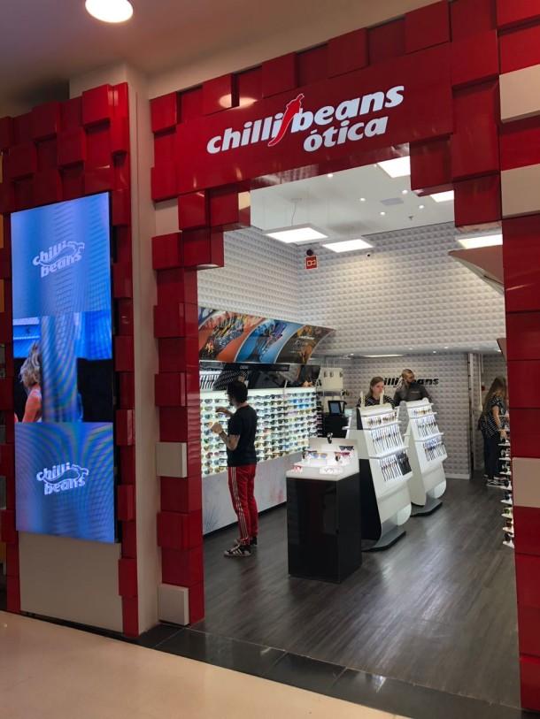 7d3e3d589 A loja fica no piso L2 e funciona de segunda a sábado, das 10h às 22h e aos  domingos, das 14h às 20h.