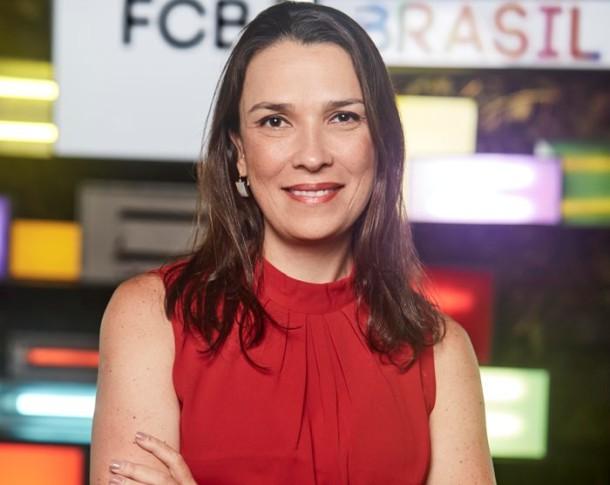 fcb brasil diretora de contas