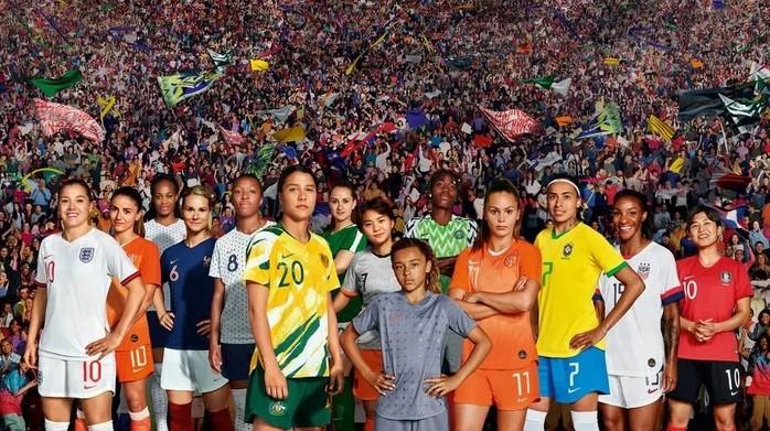 nike futebol feminino