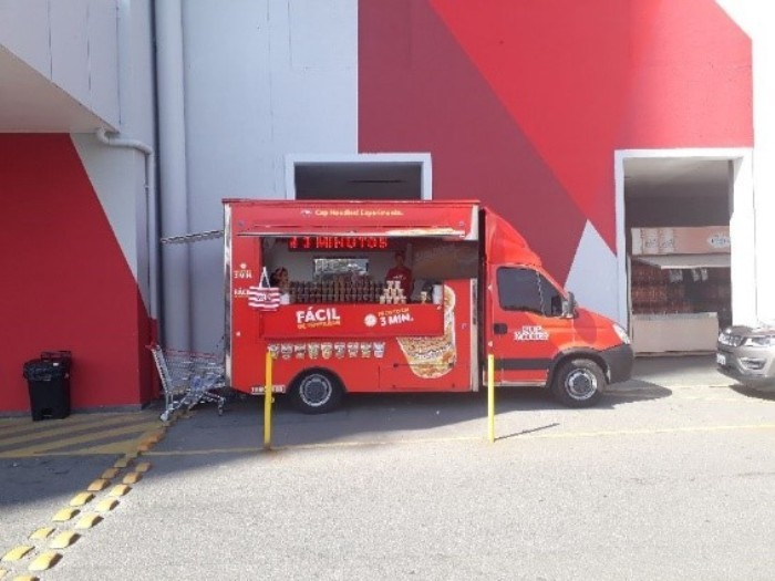 cup noodles food truck