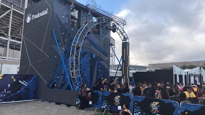 """Por fim, a Prudential do Brasil também pensou em muita música boa para fazer parte de toda essa atmosfera rock e criou um perfil oficial no Spotify, serviço de streaming de música, podcasts e vídeos mais popular e usado do mundo.  A playlist """"Prudential Rocks"""" reunirá sucessos de algumas das bandas que irão tocar no festival. A seguradora fará ainda toda cobertura da sua ativação no festival nas suas mídias sociais."""