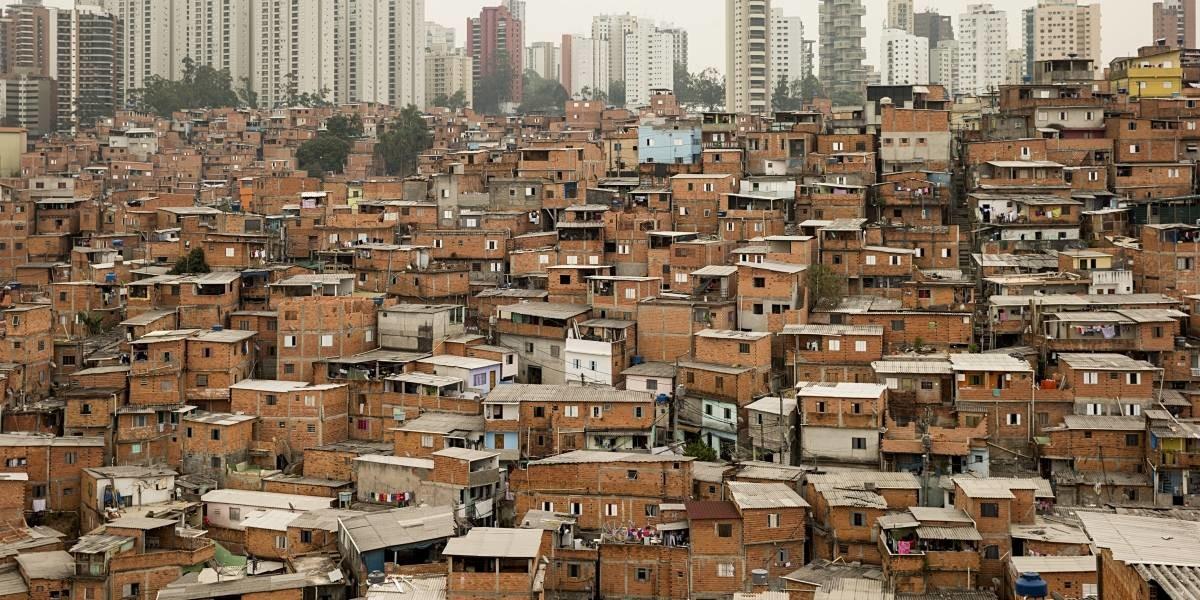 Resultado de imagem para favelas