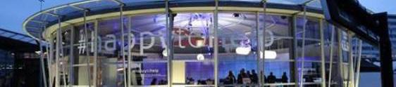 KLM se aproxima dos clientes com a #HappytoHelp