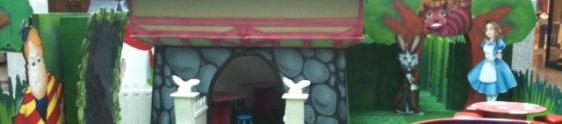 Alice no País das Maravilhas na Páscoa do Grand Plaza