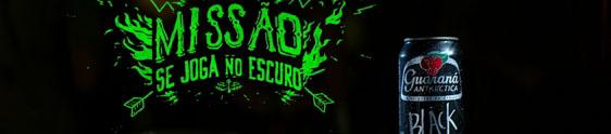 """""""Se joga no escuro"""" na ação promo de Guaraná Black"""