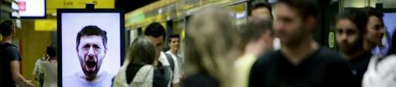 Café Pelé faz todo mundo bocejar no metrô em SP