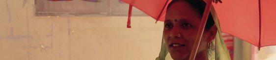 Vodafone cria guarda-chuva para ajudar mulheres indianas